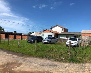 331 - Terreno em Ponta de Quadra