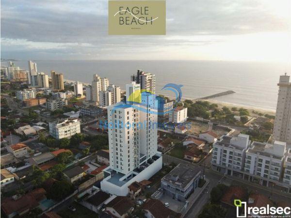 338 - Eagle Beach - 1 suíte + 1 no Centro de Bal Piçarras - WhatsApp Image 2021 04 05 at 103722 (1)