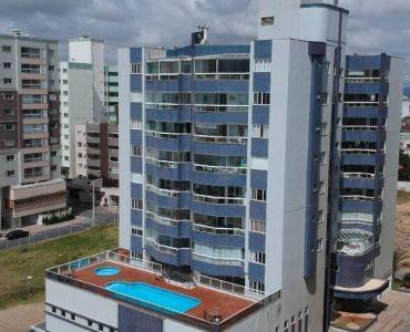 332 - Apartamento Vista Mar com 3 quartos - Navegantes