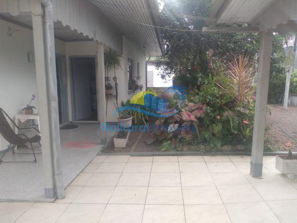 313 - Casa no Centro de Apiúna - WhatsApp Image 2021 02 10 at 101013 (1)